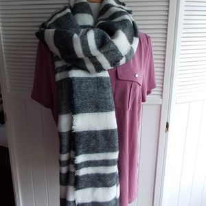 NEW! Women's Oblong Oversized Scarf/Shawl